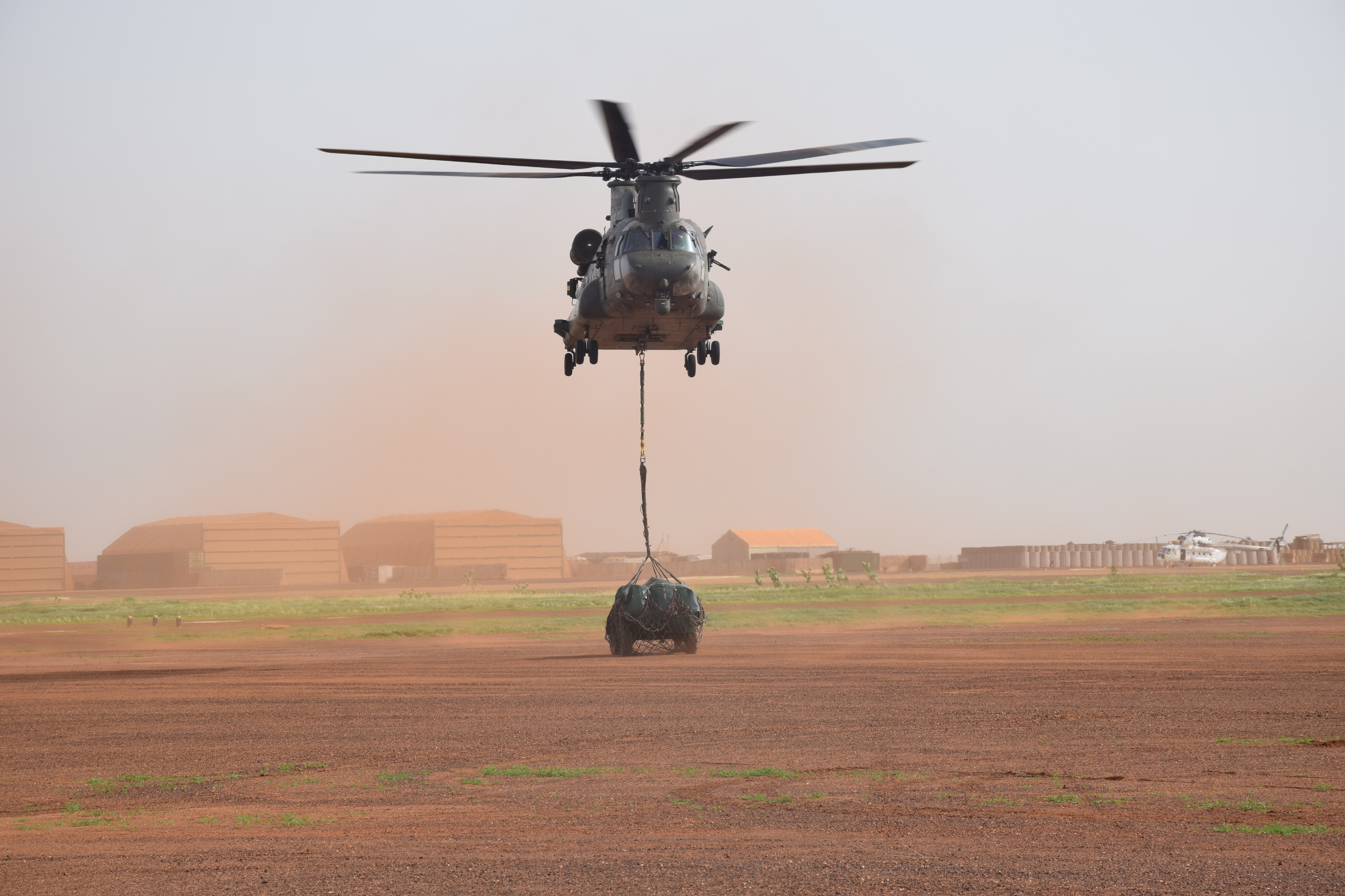 RAF Chinook with lift sortie.